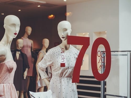 How mannequins boost retail clothing stores turnover Valentino's Displays Blog