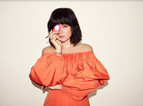 Lily Allen set to reveal new shop fittings in new flagship store Valentino's Displays Blog
