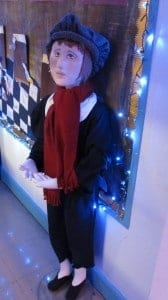 Bendy mannequins on display in school Christmas play Oliver Valentino's Displays Blog