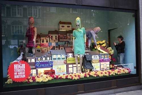 Top Tips For Making Your Shop Window Stand Out Shop Display