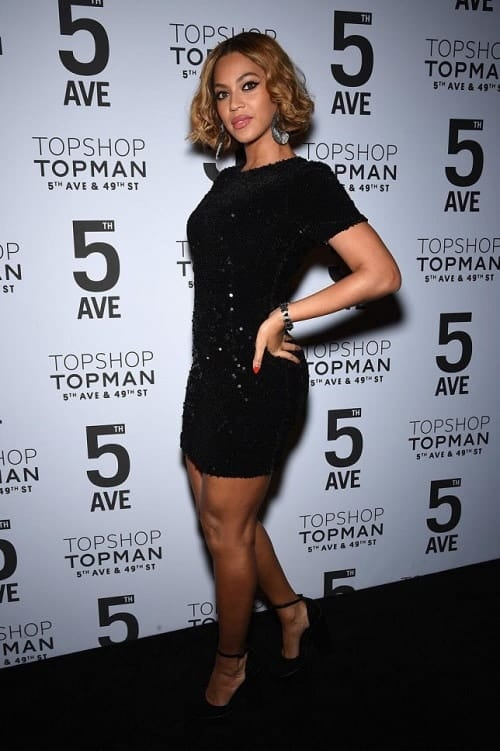 Beyonce wear's £68 Topshop dress in Topshop's new Fifth Avenue store in New York Valentino's Displays Blog
