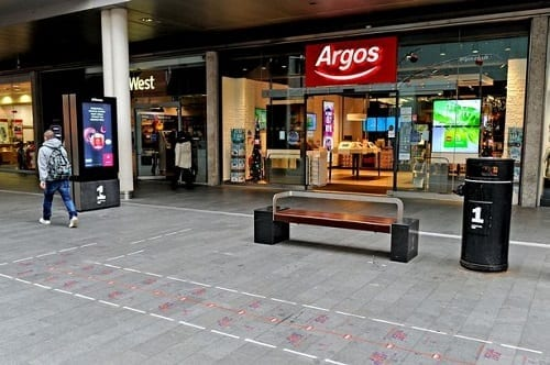 "Futuristic ""Fast Lanes"" Being Tested For High Street Shoppers"