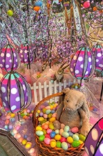 Easter Baskets For Sale: Easter Window Displays