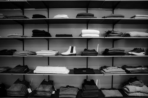 How to display clothes? Valentino's Displays Blog